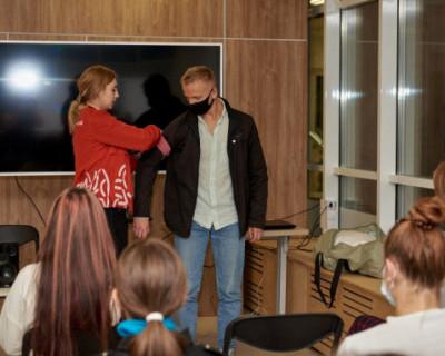 Волонтеры Севастополя провели акцию «Помоги первым»
