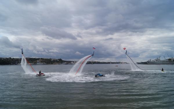 Студенты СевГУ отметили спуск на воду «Пионера-М» ярким праздником 3