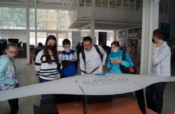 Студенты СевГУ отметили спуск на воду «Пионера-М» ярким праздником 7