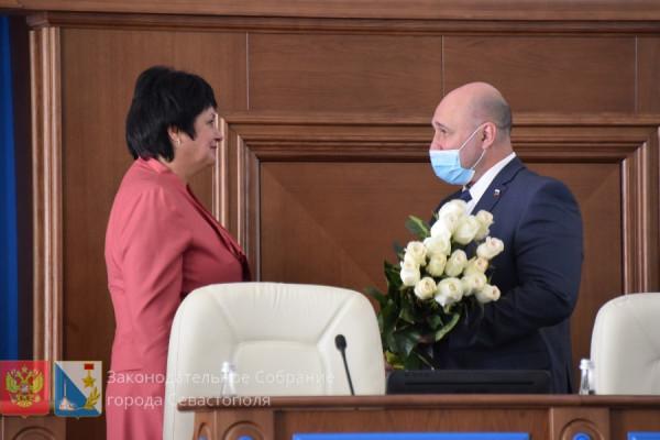 На сентябрьской сессии севастопольского парламента прощались и воссоединялись вновь 1