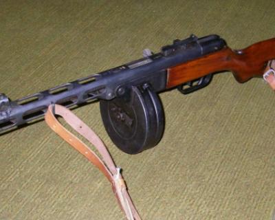 Крымский пенсионер хранил дома ручной пулемет