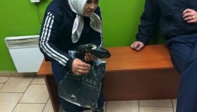 Как заработать в украинской столице: переоденься в бабушку и проси подаяния (фото)