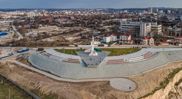 Севастопольский депутат и арматура 4