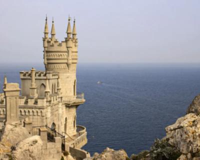 Россияне хотят отдохнуть в Крыму на ноябрьские праздники