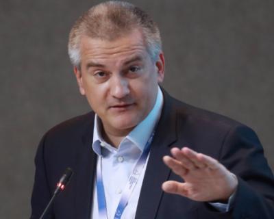 Глава Крыма анонсировал отставки руководителей администраций