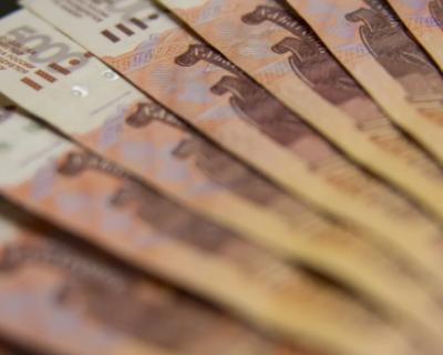 Житель Барнаула сбывал фальшивые рубли в Крыму