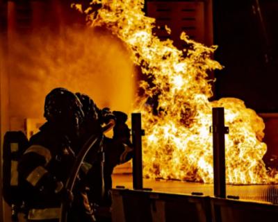 Складское помещение сгорело в Симферополе
