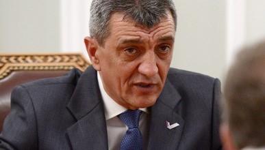 Сергей Меняйло подверг критике доклад начальника главного управления потребительского рынка и лицензирования Николая Лишенко