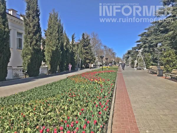 центр Севастополя весной