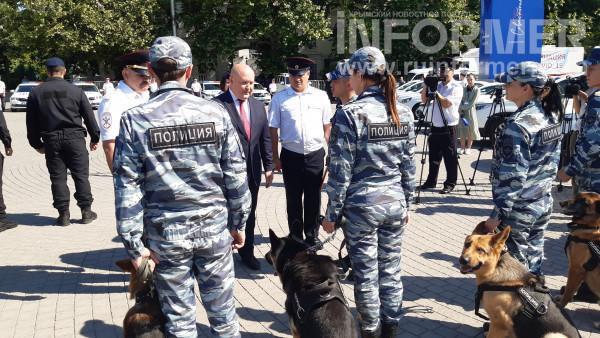 В Севастополе прошел показ полицейской техники 5